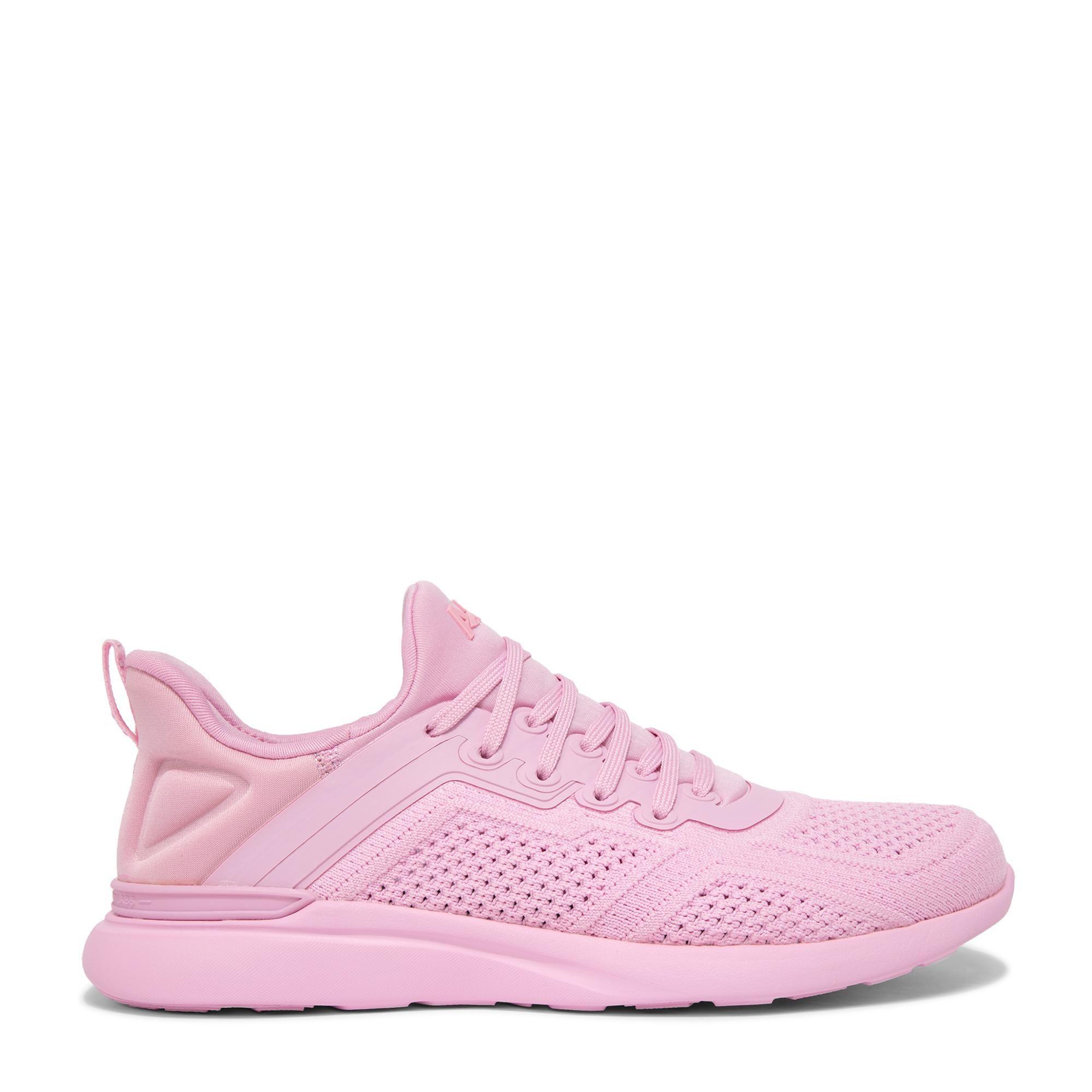 """الحذاء الرياضي """"تيك لوم تريسر"""""""
