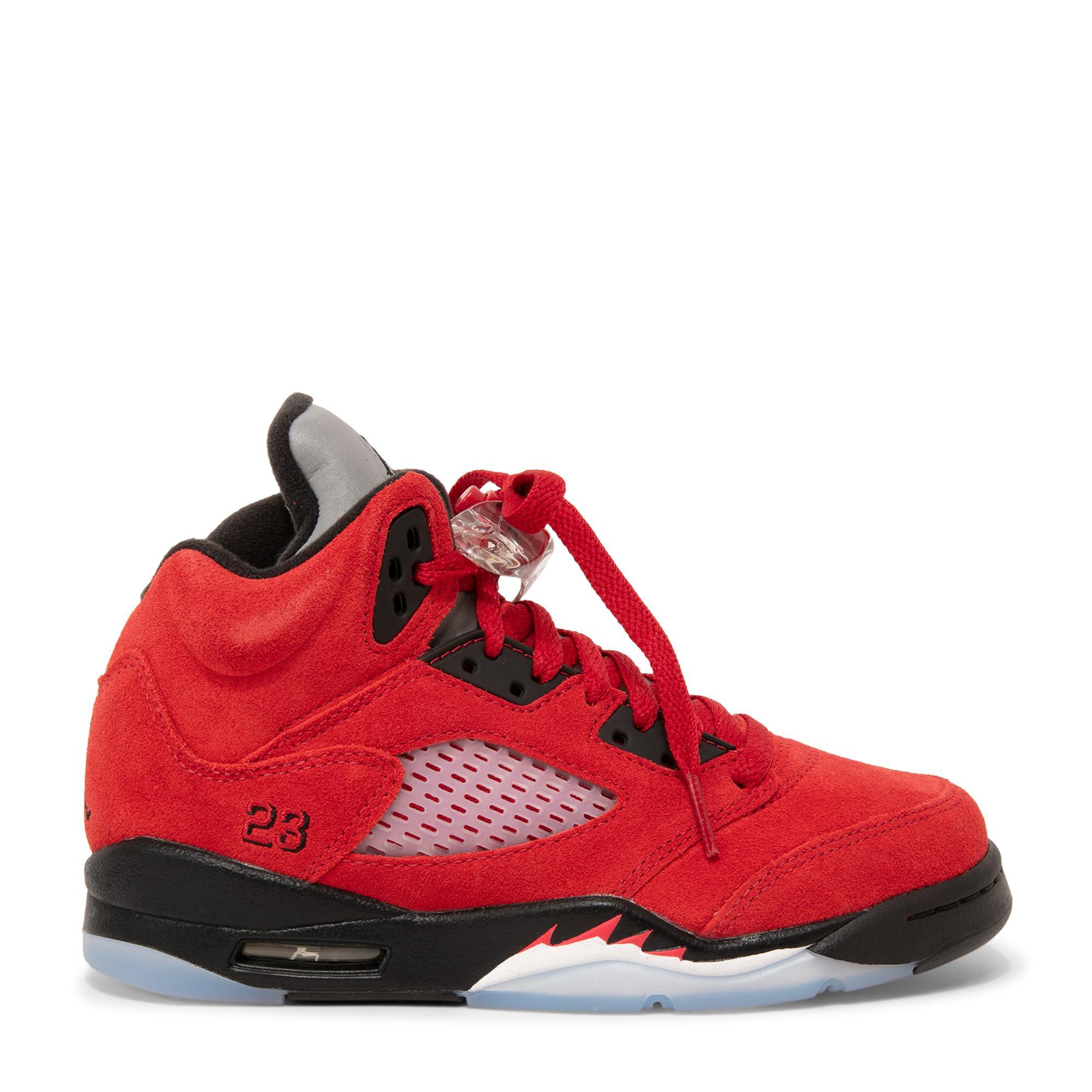 حذاء إير جوردان 5 تورو برافو الرياضي